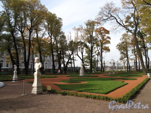 Летний сад. Парадный боскет. Фото октябрь 2012 г.