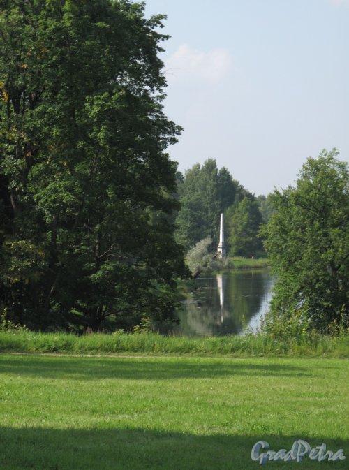 Гатчинский (Дворцовый) парк. Чесменский обелиск. фото август 2013 г.