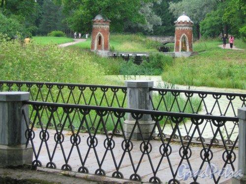 Екатерининский парк (г. Пушкин). Красный (Турецкий) каскад. Фото август 2005 г.