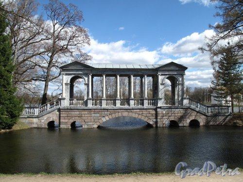 Екатерининский парк (г. Пушкин). Мраморный (Палладиев) мост. Фото май 2012 г.