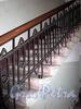 Финляндский пер., д. 4. Бывший дом А. П. Брюллова. Решетка перил лестницы. Фото октябрь 2009 г.