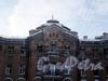 Угловой пер., дд. 9, 11. Доходные дома Н. И. Львовой. Фрагмент центральной части фасада. Фото февраль 2010 г.