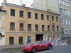 Батайский пер., д. 4. Фасад здания. Фото май 2010 г.