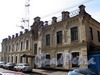 Казарменный пер., д. 1-3 (левый корпус). Здание комплекса построек Гренадерского полка. Общий вид. Фото апрель 2010 г.