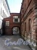 Фонарный пер., д. 1 (дворовый корпус). Бани №43 (б. «Воронинские бани»). Фасад, параллельный Фонарному переулку. Фото июнь 2010 г.