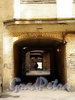 Гродненский пер., д. 2 / ул. Рылеева, д. 21. Проходные дворы. Вид в сторону улицы Рылеева. Фото апрель 2010 г.