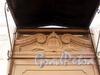 Гродненский пер., д. 11. Медальон с гербом бывшего владельца над парадной дверью. Фото апрель 2010 г.