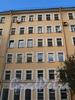 Крапивный пер., д. 15. Фрагмент фасада. Фото октябрь 2010 г.
