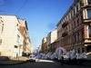 Перспектива Саперного переулка от улицы Маяковского в сторону улицы Радищева. Фото апрель 2010 г.