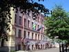 Шведский пер., д. 3 / Мал. Конюшенная ул., д. 1 (правая часть). Фасад здания по Мал. Конюшенной улице. Фото август 2011 г.