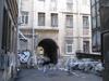 Большой Казачий переулок, дом 11. Один из дворов. Фото март 2012 г.
