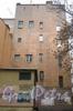Советский пер., дом 10. Общий вид с 5-ой Красноармейской на дом и въезд во двор. Фото март 2012 г.