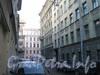 Малый Казачий переулок. Перспектива от дома 9 по Б. Казачьему пер. (справа) в сторону Б. Казачьего пер. Фото март 2012 г.