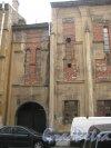 Транспортный пер., дом 5. Фрагмент фасада. Фото 10 июня 2013 г.