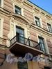 Столярный пер., д. 6. Доходный дом Ц.А.Кавоса. Общежитие №3 Университета путей сообщения. Балкон. Фото август 2009 г.