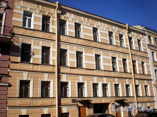 Гродненский пер., д. 16. Фасад здания. Фото апрель 2010 г.