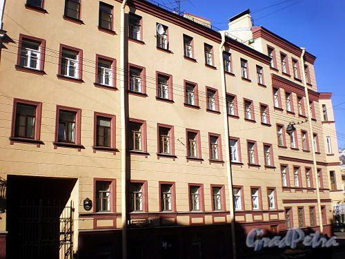 Гродненский пер., д. 20 / ул. Радищева, д. 38. Фасад по переулку. Фото апрель 2010 г.
