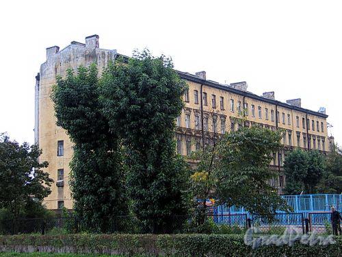 Дегтярный пер., д. 26. Общий вид с Кирочной улицы. Фото сентябрь 2010 г.