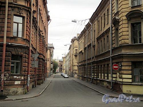 Перспектива Соляного переулка от улицы Чайковского в сторону улицы Пестеля. Фото сентябрь 2010 г.