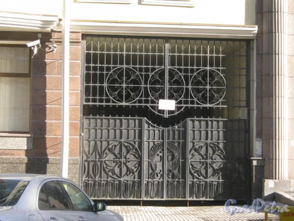Большой Казачий переулок, дом 2. Ворота. Фото март 2012 г.