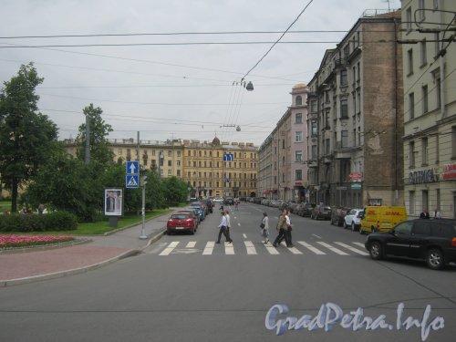 Пер. Талалихина. Вид с пр. Добролюбова в сторону ул. Блохина. Фото 26 июня 2012 г.
