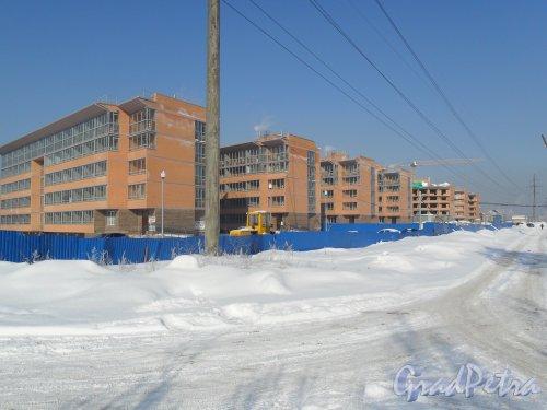 Армянский переулок. Жилой комплекс без названия. Корпуса 1, 2, 3, 4, 5, 6, 7. Слева направо. Корпуса 1, 2, 3, 4 сданы, идет заселения, корпуса 5, 6, 7-планируемый срок ввода в эксплуатацию:вторая половина 2013 года.