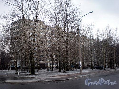 Альпийский пер., д. 45. Общий вид здания. Март 2009 г.
