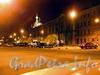 Вид площади в ночном освещение.