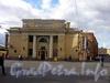 Манежная пл., д. 6. Общий вид здания и перспектива Караванной улицы.