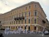 Пл. Труда, д. 3 / Галерная ул., д. 26. Правая часть фасада по площади.