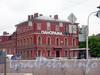 Вид на здание от Конногвардейского бульвара.