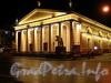 Исаакиевская пл., д. 1. Конногвардейский манеж. Выставочный зал «Манеж». Ночная подсветка. Фото май 2010 г.