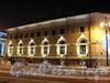 Биржевая пл., д. 6. Ночная подсветка фасадов здания. Фото январь 2011 г.