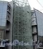 Комендантская пл., д. 1. ТРК «Атмосфера». Конструкции здания. Фото февраль 2011 г.
