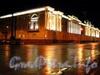 Сенатская пл., д. 3 / Конногвардейский бул., д. 1. Здание Синода (Президентской библиотеки им. Б.Н. Ельцина) в ночной подсветке. Фото май 2010 г.