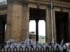 Казанская пл., д. 2. Казанский собор. Портик, оформивший проезд вдоль канала Грибоедова. Фото июль 2009 г.