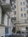 Пл. Чернышевского, дом 3. Угол дома со стороны двора. Фото апрель 2012 г.