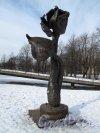Пионерская пл., д. 1 Сквер. Кованная Роза, 2003 г. Фото март 2012 г.