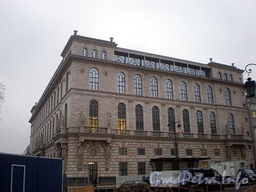 Пл. Островского, д. 2 А. Здание гостиницы. Общий вид здания. Фото декабрь 2009 г.