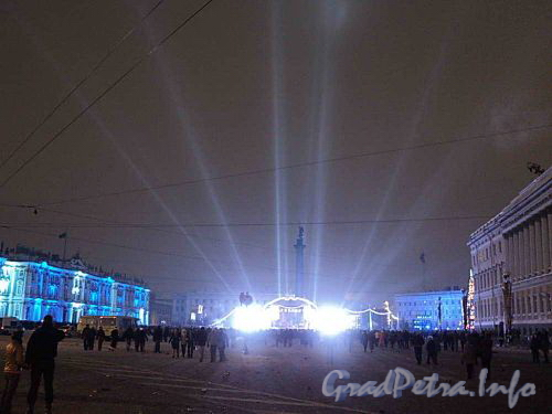 Дворцовая площадь. Встреча 2011 года. Фото январь 2011 г.