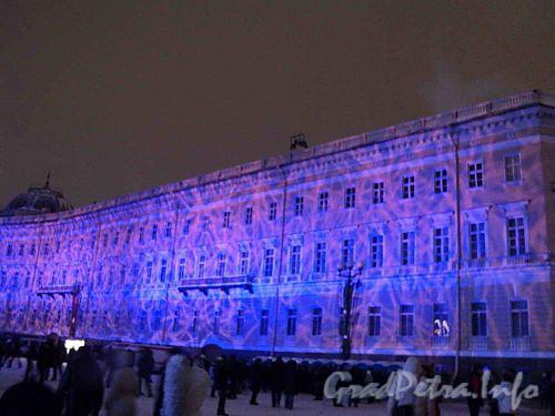 Дворцовая площадь дом 6-10. Встреча 2011 года. Музыкально-световое шоу. Фото 1 января 2011 г.