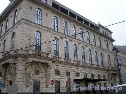 пл. Островского, д. 2 А. Здание гостиницы. Общий вид здания. Фото декабрь 2008 года.