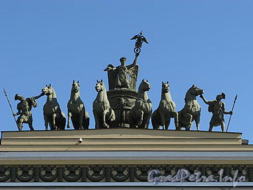 «Колесница Славы» на арке Главного штаба. Фото июль 2009 г.