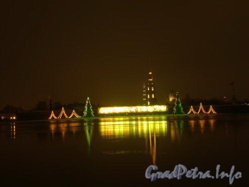 Новогоднее оформление пляжа Петропавловской Крепости