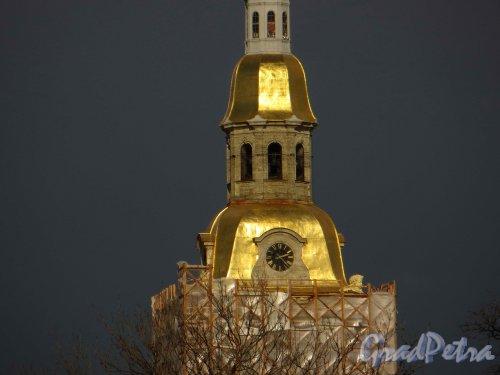 Петропавловская крепость, дом 1. Куранты Петропавловского собора. Фото 30 апреля 2013 г.