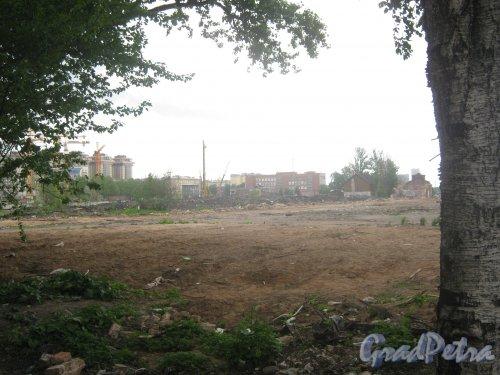 Адмиралтейский район. Территория бывшего Варшавского вокзала. Вид в сторону Московского района. Фото 30 мая 2013 г.