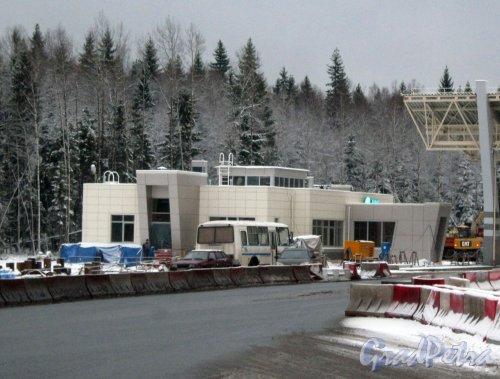 Западный скоростной диаметр. Строительство терминала оплаты в районе Белоострова. Фото 7 декабря 2013 г.