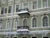 Греческий пр., д. 23. Бывший доходный дом. Балконы. Фото декабрь 2009 г.