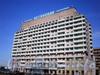 Большеохтинский пр., д. 4. Здание гостиницы «Охтинская». Общий вид здания. Фото апрель 2009 г.