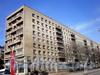 Большеохтинский пр., д. 10.жилой дом. Общий вид здания. Фото апрель 2009 г.